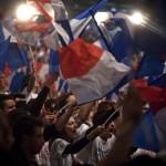 Des-militants-de-l-ump-lors-du-discours-de-Villepinte